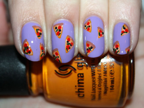 sleepy-bat:  obscenepromqueen:  surfindead:  Pizza Party Nail Tutorial by polishyoupretty  DOING THIS!!!  Ahhhh I wish my nails weren't so teeny :(  These are perfect.