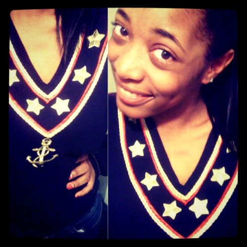 sharisbriel:  Yesterday's sweater swag #anchor #navy #sweater #vintage