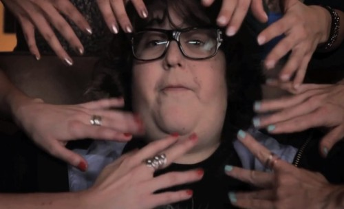WATCH @ANDYMILONAKIS DROP A VERSE ABOUT NAIL ART FOR @LUXECOATby Blaire Bercy http://bit.ly/15Tb1bL