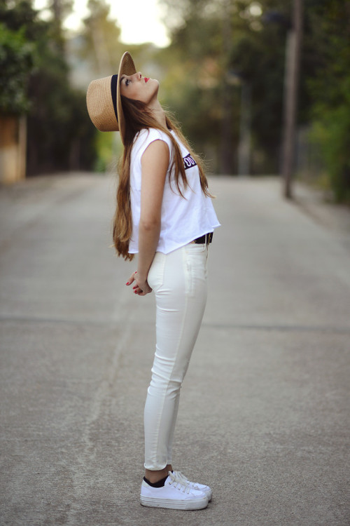 lookbookdotnu:  ¡A SOPLAR! (by SWAY OF  EARTH)