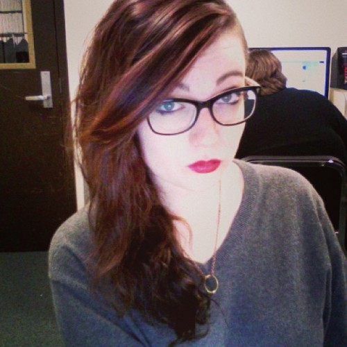 catbums:  srs busness #me #glasses #lipstick  you look hot