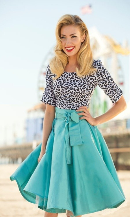 sissylikes:  (via Skirts, skirts, skirts! / Shabby Apple Blue Racer Skirt)