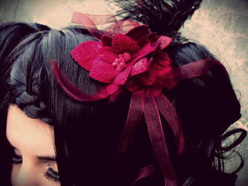 Details of my headdress, I really adore this pic~[I thought I had already uploaded this photo in big ヽ(>д<)ノ ]