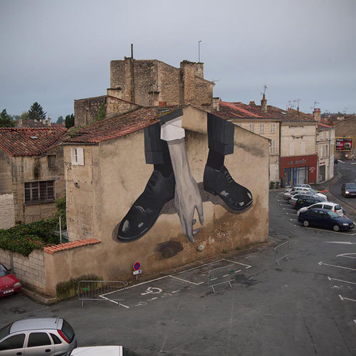 urhajos:  Street art by Escif