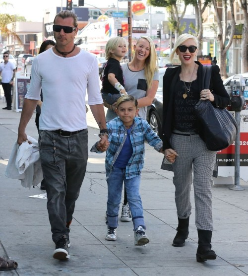 Gwen Stefani and Gavin Rossdale take Kingston and Zuma out lunch at Antonio's in West Hollywood, 23rd March 2013.