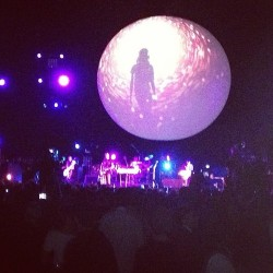 @SmashingPumpkins @billy can do whatever he wants. Amazing.  (at Barclays Center)