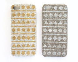 iPhone 5 case in natural linen by STARCREATUREstudio.