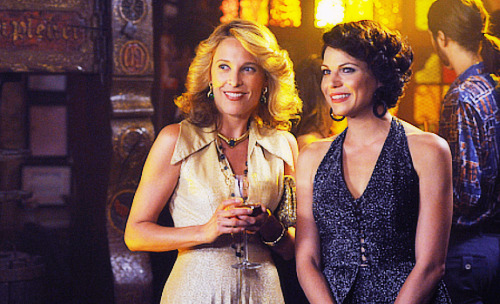 Lana Parrilla and Erin Daniels in Swingtown.
