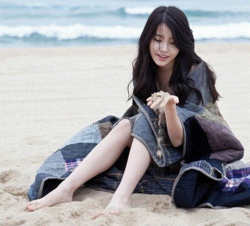 [Things to look forward to] IU to return with a more mature concept around March or April of next year