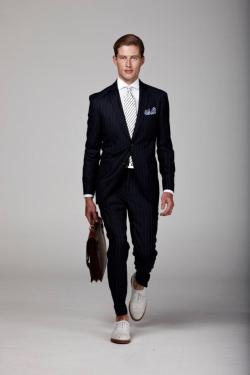suitdup:  A classic spruced up with the white shoes.
