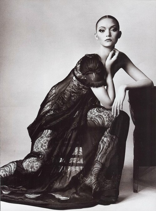 Gemma Ward photographed by Irving Penn for Vogue, March 2006