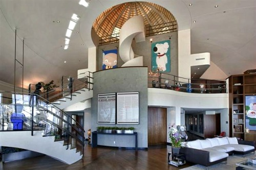 Pharrell Williams' $16.8 Million Miami Penthouse T O P - T I E R