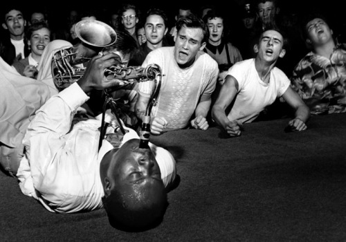 roomfordanger:  Big Jay McNeely This is what music does.