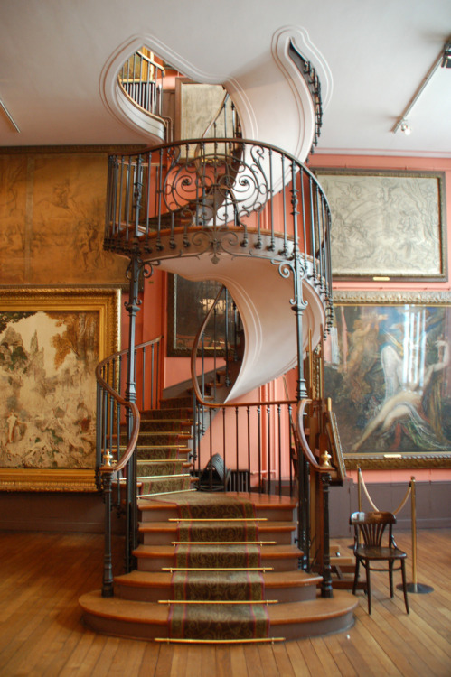 dearscience:  Staircase at the Musée national Gustave Moreau, Paris
