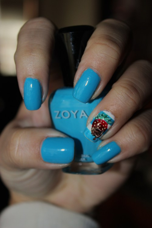 Inspired by NailGurl's chocolate covered strawberry using Zoya's RobynEnjoy! :)