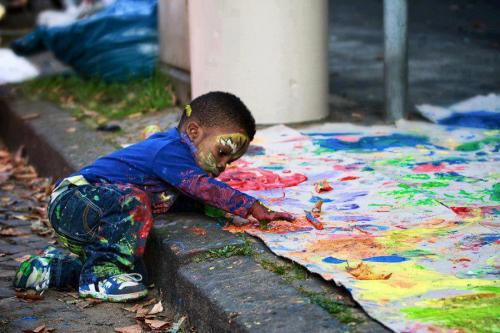 Let's let our kids get messy—and be creative!!!
