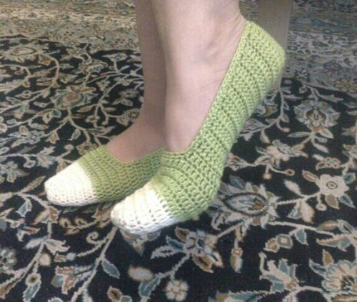dina-d:  my new slipper, by meeeeee <3