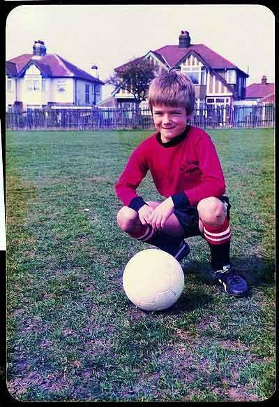 coloursoffootball:  Young Beckham