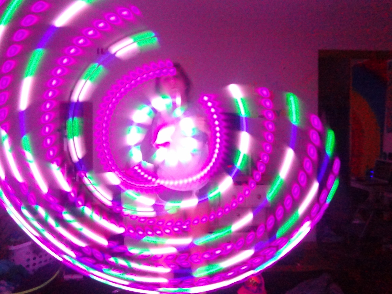 Moodhoops Luna alisoneckard:  love hooping more than anythinggg.