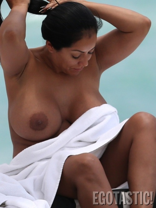 celebritybreasts:  Kiara Mia showing off the goods.