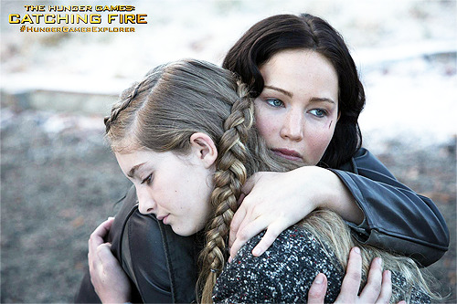 catchingupdates:  HQ still of Katniss & Prim!