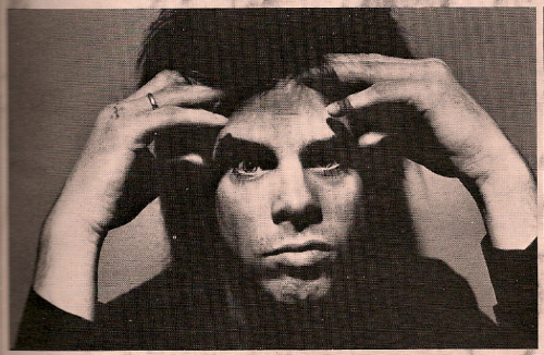 yourmidnightman:  Here we have psychic Nick Cave, who is trying to read your thoughts.