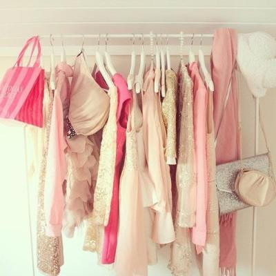 rosy-secrets:  So much rosy on my blog ♡  Follow me for more :)