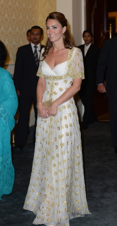 Day 13: Favorite outfit of Catherine, The Duchess of Cambridge From the Maylasia Tour