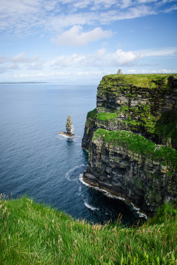 allthingseurope:  Cliffs of Moher, Ireland (by laughlinc)