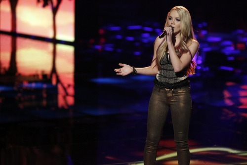 "nbcthevoice:  Vote for Team Blake's Danielle Bradbery! Online: www.nbc.com/the-voice/vote Phone: 1-877-553-3707  iTunes: ""Maybe it Was Memphis"" http://bit.ly/10h0zlz"