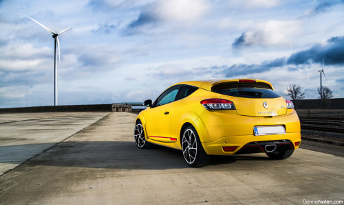 automotivated:  Renault Mégane RS (by Denniske)