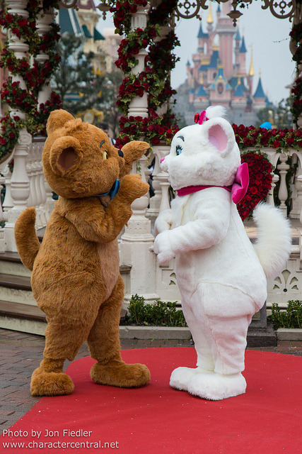 DLP Feb 2013 - Meeting Berlioz, Toulouse, and Marie by PeterPanFan on Flickr.