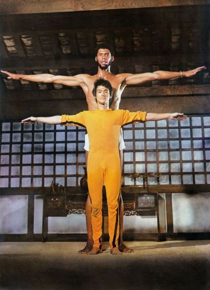 adambabel:  [MISC] Bruce Lee and Kareem Abdul Jabbar posing, the Game of Death (1978)