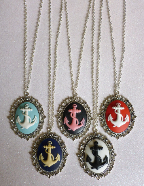 calamityjaynedesigns:   Large Anchor Cameo Necklaces https://www.etsy.com/shop/CalamityJayneDesigns