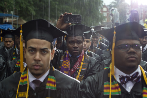 quelowat:  SOAKED: Graduates sat in a heavy rain as President Barack Obama spoke during the 129th commencement ceremony for Morehouse College Sunday in Atlanta. (Carolyn Kaster/Associated Press)