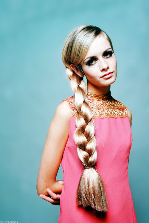 vintagegal:  Twiggy c. 1966