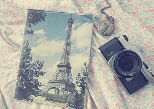 Vintαge~ on We Heart It. http://weheartit.com/entry/54700104/via/CataFernanda
