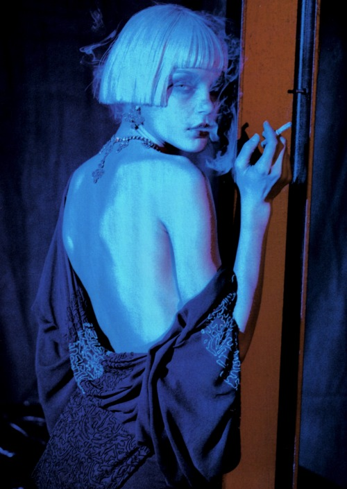 moldavia:  Jessica Stam in Vogue Italia April 2007 by Peter Lindbergh