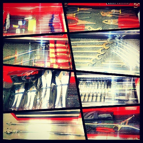 When you get bored at #Work, you take pictures of your #Tools. #SnapOnTools #SnapOn #Tools #Craftsman #Kobalt #ManShit #Workflow #Mechanic #Honda