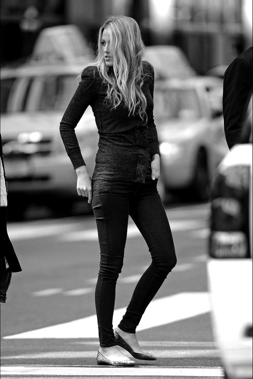 infinite-black:  Blake Lively