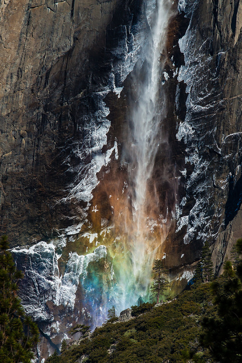 mystic-revelations:  Rainbow fall By Joseclm