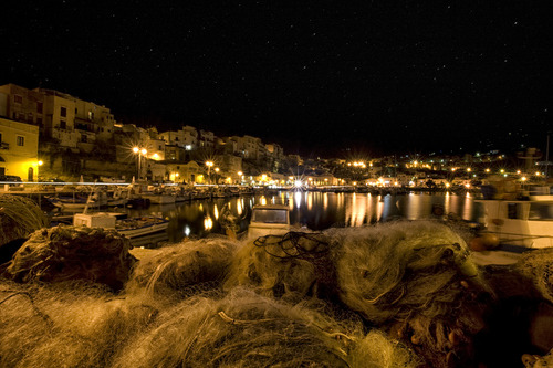 "b3autyl0ver:  500px / Photo ""The harbor of Night"" by Francesco Alamia"