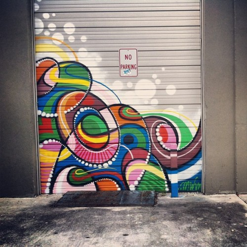 Garage door. #garagedoor #doorporn #door #sprays #streetart #wynwood #wynwoodart #miami #miamistreetart