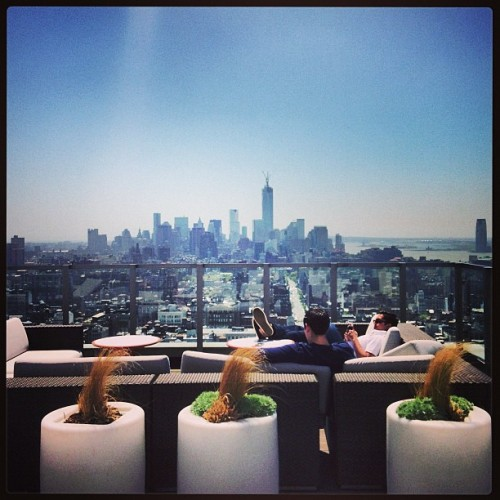 richkidsofinstagram:  The Real Landmark #NYC #Roof Top Chillin' @janishshah @jlenzner by barakl89