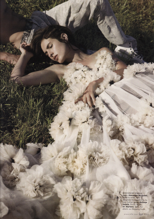 Splendor in the Grass Embroidered organza dress by Alexander McQueen. Model: Sasha Valarino | Photographer: KT Auleta | Stylist: Beth Fenton (Image via Elle Magazine)