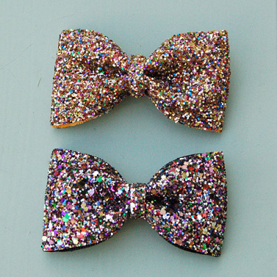 chrissywink:  I LOVE BOWS!