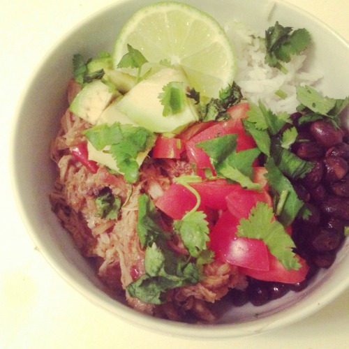[HomeCookin'] 10hr slow cooker dry rub pulled pork with black beans & rice. #http://t.co/3ZoXrBaaEp