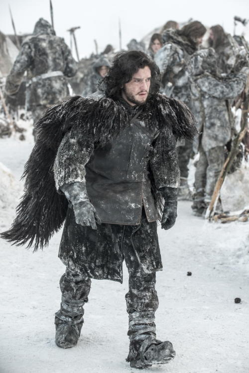 23 new photos from Game of Thrones season 3!! Get 'em while they're cold!