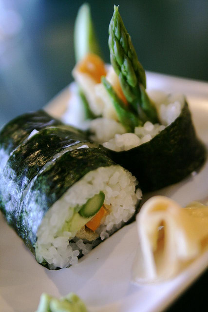 vegan-yums:  veggie tempura roll, perpetual fave by massdistraction on Flickr.