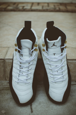 "bvsedjesus:  XX8 Days Of Flight || Day 12I was never a fan of these when I first saw them. I always thought they were the ugliest shoes ever. But I eventually came around & ended up loving them! The mudguard is such a nice touch to the shoe. This is the shoe that Jordan Brand started off of. That's why you don't see any OG XII's with a ""Nike Air"" insole. Although they do come with the tan/red Nike box. As for my favorite colorway of the XII's, it'd have to be the playoffs. Dying to own a pair. This shoe's colorways are simple but so clean. Love it. 1996 OG Taxi's."